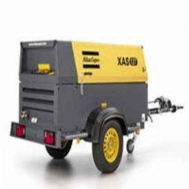 Oil injected screw compressor (portable)