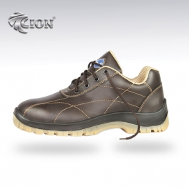 Foot protection: shoes Steel toe-cap safety shoes