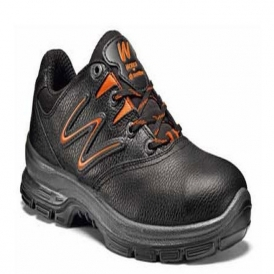 Steel toe-cap safety shoes