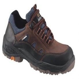 Trainer style safety shoes